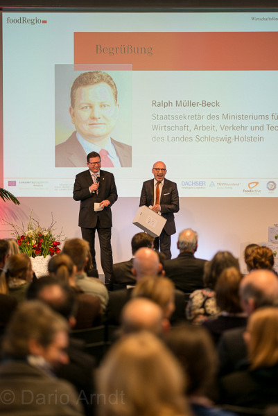 Moderation Thema 'Clean food = Good food?'<br>Interview mit Staatssekretär Ralph Müller-Beck